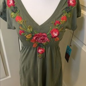 EMBROIDERED JOHNNY WAS JWLA TUNIC T-SHIRT TOP SZ S
